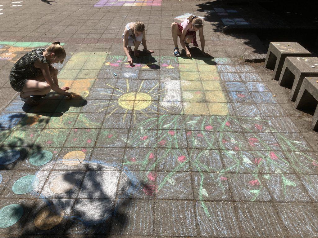 Groep 8: Creatief in de zon